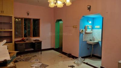 Gallery Cover Image of 1250 Sq.ft 2 BHK Apartment for rent in Velachery for 22000