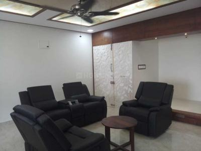 Gallery Cover Image of 1950 Sq.ft 3 BHK Apartment for rent in Binnipete for 60000