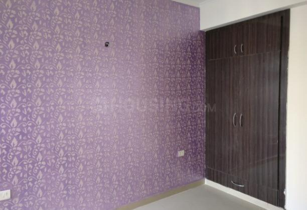 Bedroom Image of 1015 Sq.ft 2 BHK Apartment for rent in Amrapali Princely Estate, Sector 76 for 14000