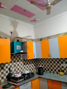Gallery Cover Image of 1152 Sq.ft 4 BHK Independent House for buy in Sector 50 for 6600000