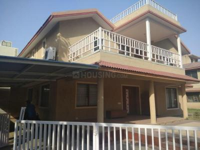 Gallery Cover Image of 5085 Sq.ft 5 BHK Independent House for buy in Thaltej for 60000000
