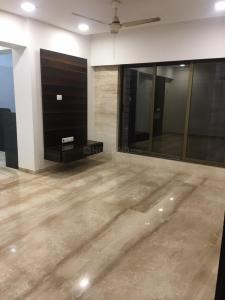 Gallery Cover Image of 890 Sq.ft 3 BHK Apartment for rent in Andheri West for 65000