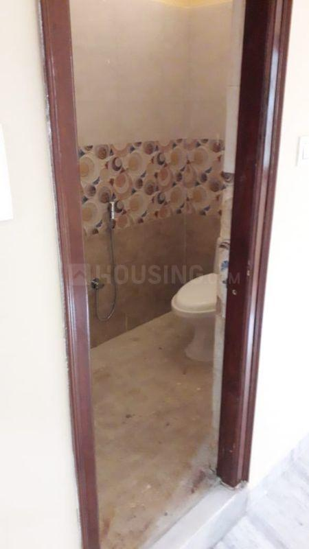 Bathroom Image of 2600 Sq.ft 5 BHK Independent House for buy in Bandlaguda Jagir for 9000000