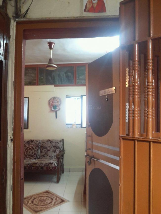 Main Entrance Image of 450 Sq.ft 1 BHK Apartment for rent in Vashi for 16000