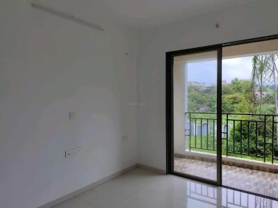 Gallery Cover Image of 710 Sq.ft 1 BHK Apartment for buy in Regency Antilia Phase V Avana, Ulhasnagar for 4150000