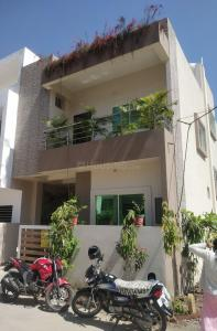 Gallery Cover Image of 2000 Sq.ft 3 BHK Independent House for buy in Mahalakshmi Nagar for 10500000