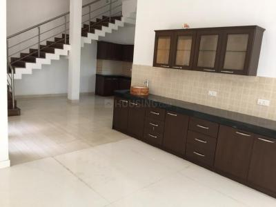 Gallery Cover Image of 4800 Sq.ft 5 BHK Independent House for buy in Uthandi for 31000000