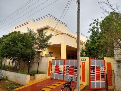Gallery Cover Image of 5000 Sq.ft 6 BHK Independent House for buy in Hakimpet for 37500000