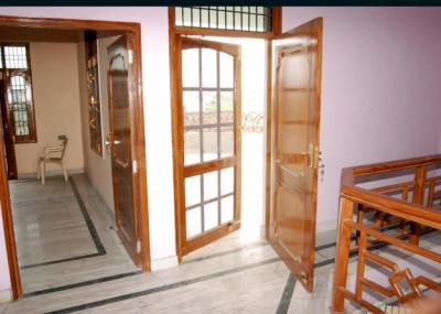 Gallery Cover Image of 715 Sq.ft 1 BHK Independent House for rent in Sector 17 for 12500