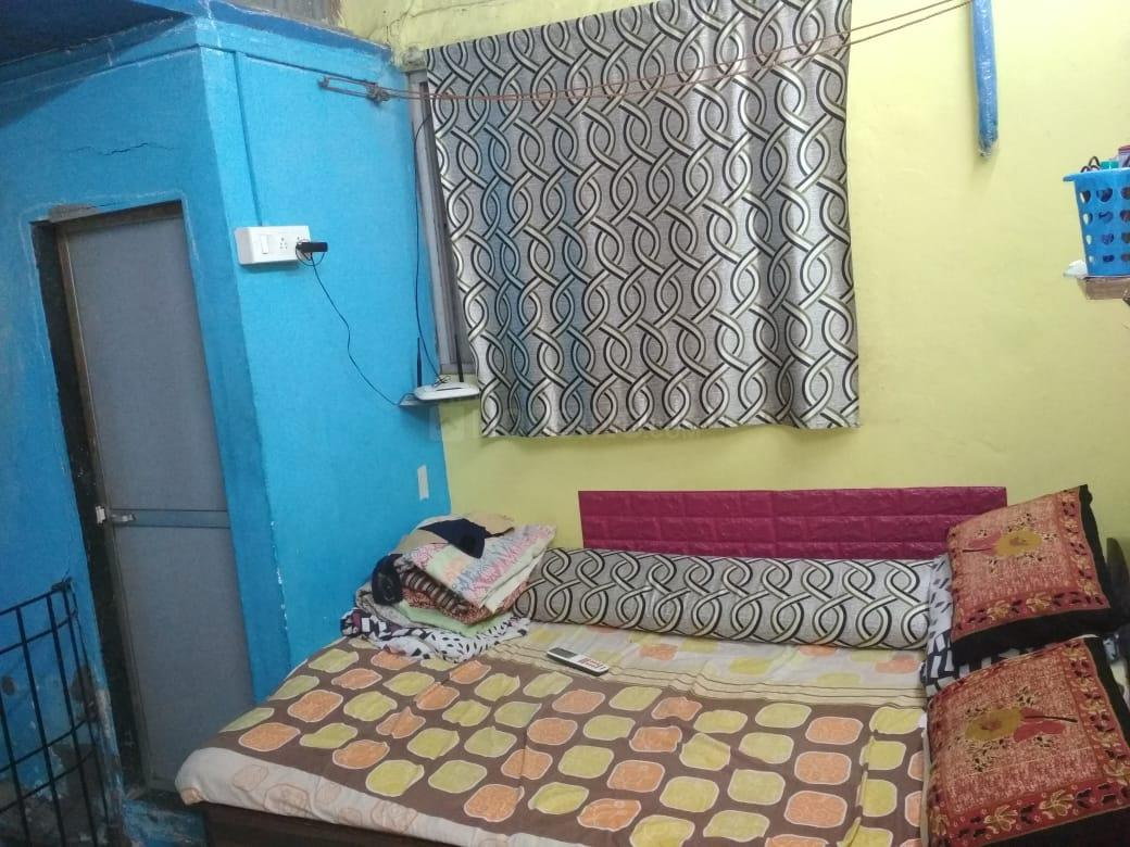 Bedroom Image of 325 Sq.ft 1 BHK Independent House for buy in Kurla East for 3000000