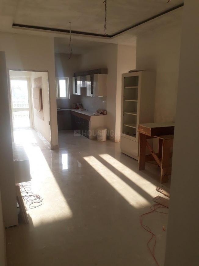 Living Room Image of 950 Sq.ft 3 BHK Apartment for buy in Sector 75 for 2630000