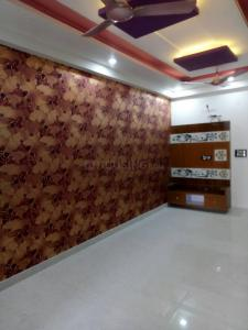 Gallery Cover Image of 1300 Sq.ft 3 BHK Independent Floor for buy in Vaishali for 5000000