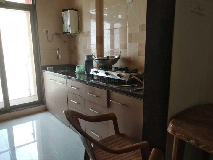बोरीवली ईस्ट में सवास पीजी में किचन की तस्वीर