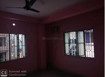 Gallery Cover Image of 750 Sq.ft 2 BHK Independent Floor for buy in Golf Green for 2700000