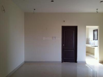 Gallery Cover Image of 650 Sq.ft 1 BHK Apartment for rent in Sivarams Nile, Vengaivasal for 6500