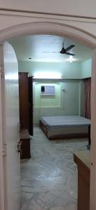 Gallery Cover Image of 1300 Sq.ft 2 BHK Apartment for rent in Swargate for 25000