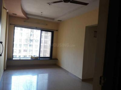 Gallery Cover Image of 620 Sq.ft 1 BHK Apartment for rent in Shanti Life Space, Vasai East for 8000