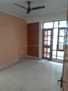 Gallery Cover Image of 1600 Sq.ft 3 BHK Apartment for rent in Sector 18 Dwarka for 25000