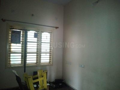 Gallery Cover Image of 700 Sq.ft 1 BHK Independent Floor for rent in Vijayanagar for 8000