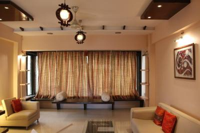 Gallery Cover Image of 1000 Sq.ft 2 BHK Apartment for rent in Vile Parle West for 80000