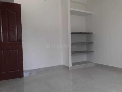 Gallery Cover Image of 2679 Sq.ft 2 BHK Apartment for buy in Kolapakkam for 5500000