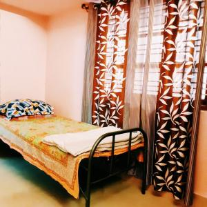 Gallery Cover Image of 2000 Sq.ft 1 BHK Apartment for rent in R. T. Nagar for 12000