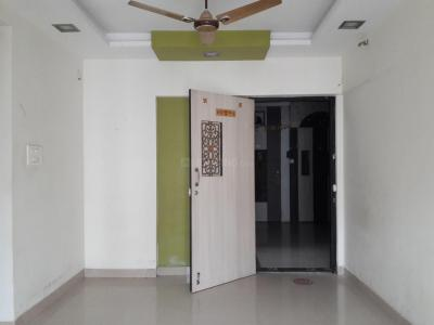 Gallery Cover Image of 875 Sq.ft 2 BHK Apartment for rent in Kandivali East for 32000