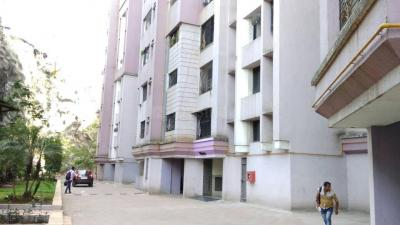 Gallery Cover Image of 950 Sq.ft 2 BHK Apartment for rent in Powai for 40000