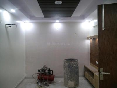 Gallery Cover Image of 850 Sq.ft 3 BHK Apartment for buy in Uttam Nagar for 4500000