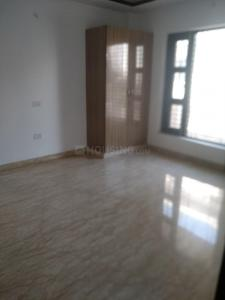 Gallery Cover Image of 1777 Sq.ft 4 BHK Apartment for rent in DLF Phase 4 for 47000