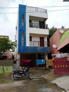 Gallery Cover Image of 962 Sq.ft 2 BHK Apartment for buy in Guduvancheri for 2080000