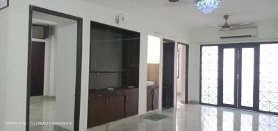 Gallery Cover Image of 1850 Sq.ft 4 BHK Apartment for rent in Nungambakkam for 44999