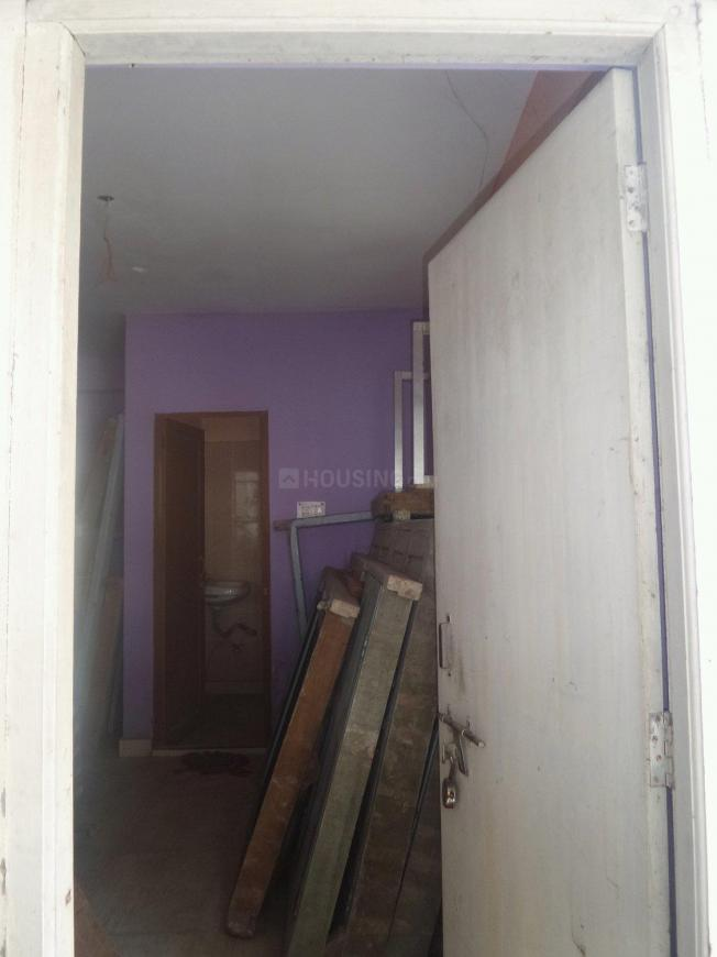 Main Entrance Image of 450 Sq.ft 1 BHK Apartment for buy in Kasba for 1800000
