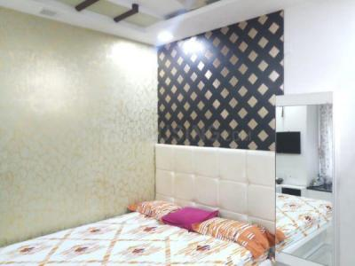 Gallery Cover Image of 670 Sq.ft 2 BHK Apartment for buy in Lokhandwala Riviera Tower, Kandivali East for 11800000