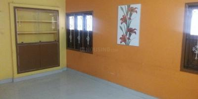 Gallery Cover Image of 1500 Sq.ft 2 BHK Independent Floor for rent in Valasaravakkam for 15000