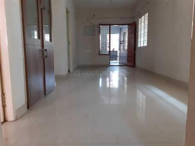 Gallery Cover Image of 800 Sq.ft 2 BHK Apartment for rent in Vengaivasal for 9500