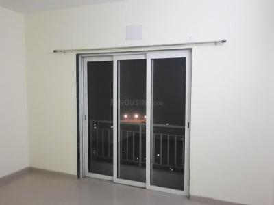 Gallery Cover Image of 1650 Sq.ft 3 BHK Apartment for rent in Indiabulls Greens, Kon for 13000