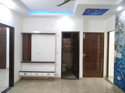 Gallery Cover Image of 800 Sq.ft 3 BHK Independent Floor for buy in Dwarka Mor for 4600000