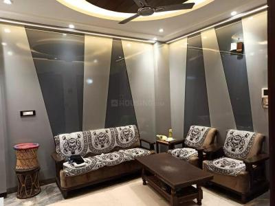 Gallery Cover Image of 850 Sq.ft 2 BHK Independent Floor for rent in Shahdara for 16500