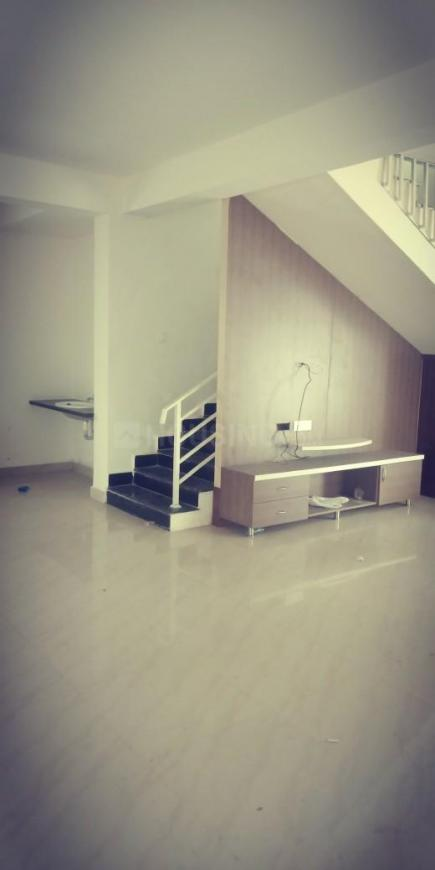Living Room Image of 3000 Sq.ft 3 BHK Villa for rent in Kompally for 28000