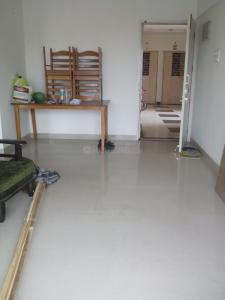 Gallery Cover Image of 650 Sq.ft 1 BHK Apartment for rent in Kalanagar, Bandra East for 38000