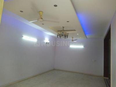Gallery Cover Image of 1800 Sq.ft 3 BHK Independent Floor for rent in Sector 52 for 28000