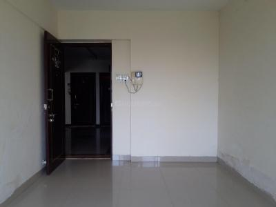 Gallery Cover Image of 710 Sq.ft 2 BHK Apartment for rent in Kasarvadavali, Thane West for 13000