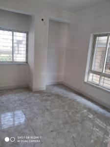 Gallery Cover Image of 1002 Sq.ft 2 BHK Apartment for buy in Stand Alone, Lake Town for 5010000