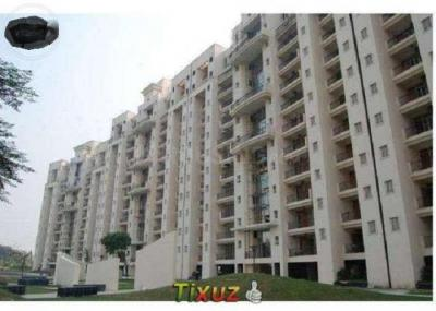 Gallery Cover Image of 2433 Sq.ft 3 BHK Apartment for buy in Parsvnath Panorama, Surajpur Site 4 for 8000000