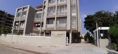 Gallery Cover Image of 1350 Sq.ft 3 BHK Apartment for rent in Binori Sampada, Bopal for 12700