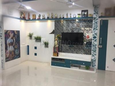 Gallery Cover Image of 800 Sq.ft 2 BHK Apartment for buy in Kandivali West for 20000000
