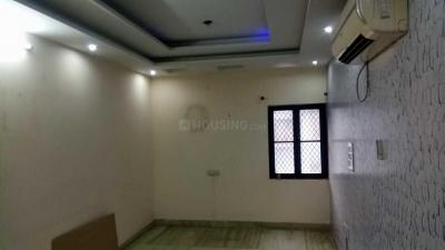 Gallery Cover Image of 1300 Sq.ft 3 BHK Independent House for buy in Paschim Vihar for 14500000