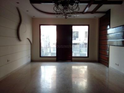 Gallery Cover Image of 3000 Sq.ft 3 BHK Independent Floor for buy in Jasola Vihar for 30000000
