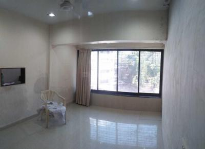 Gallery Cover Image of 1800 Sq.ft 4 BHK Apartment for rent in Andheri West for 100000